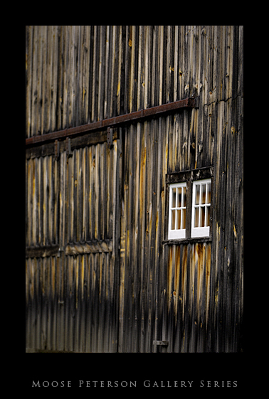 barn window.jpg